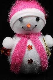 """Игрушка пенопластовая """"Снеговик с подарком и скрипкой"""" большой"""